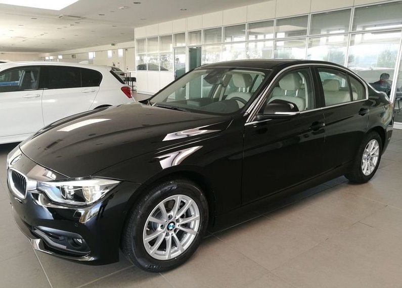 BMW Serie 3 318d 5p. Business Advantage Automatica Black Km 0