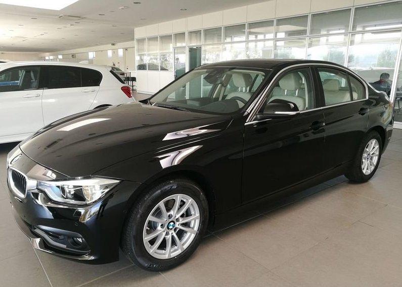 BMW Serie 3 318d 5p. Business Advantage Automatica Black Km 0