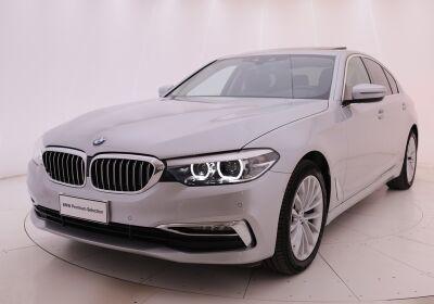 BMW 520i Luxury Glaciersilber Usato Garantito