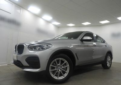 BMW X4 xDrive20d Business Advantage Glaciersilber Da immatricolare