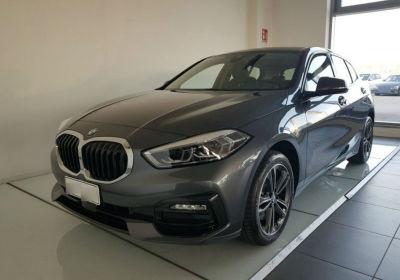 BMW Serie 1 116d 5p. Sport Mineral Grau Km 0