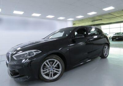 BMW Serie 1 118d 5p. MSport aut. Saphirschwarz Usato Garantito