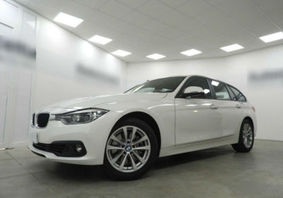BMW Serie 3 330dA Touring Alpinweiss III  Km 0