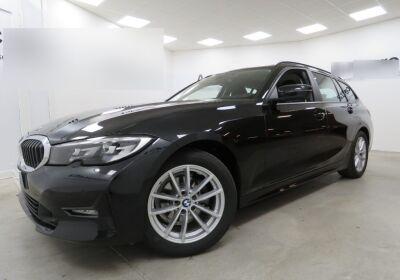 BMW Serie 3 318d Touring Business Advantage aut. Saphirschwarz Usato Garantito