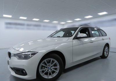 BMW Serie 3 318d Touring Business Advantage Automatica Alpinweiss III  Usato Garantito