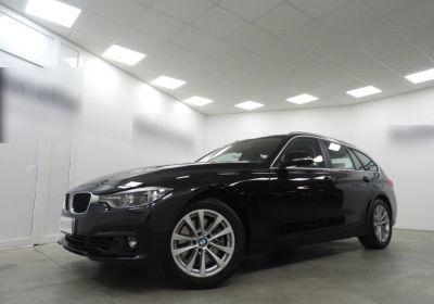 BMW Serie 3 330dA Touring Business Advantage Saphirschwarz Km 0