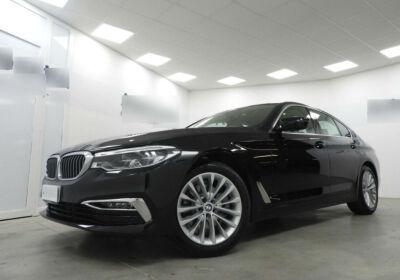 BMW Serie 5 520d aut. Luxury Saphirschwarz Km 0
