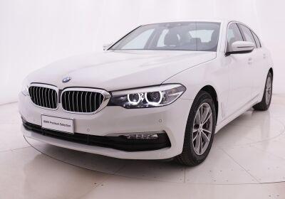 BMW Serie 5 520d Business auto Alpinweiss III  Usato Garantito