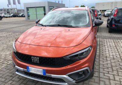 FIAT Tipo 1.0 5 porte Cross Paprika Orange Km 0