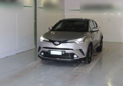 TOYOTA C-HR 1.8 Hybrid E-CVT Lounge Silver Met Usato Garantito