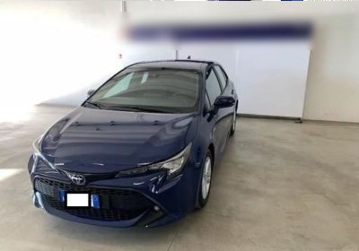 TOYOTA Corolla 1.8 hybrid Business Dark Blue Km 0
