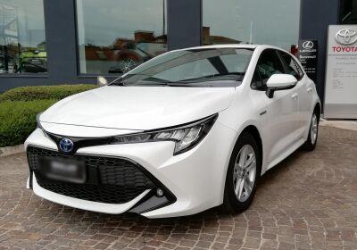 TOYOTA Corolla 1.8 Hybrid Active Super White Km 0