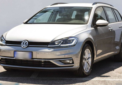 VOLKSWAGEN Golf Variant 1.6 TDI 115 CV DSG Business BlueMotion Tech. Tungsten Silver Km 0