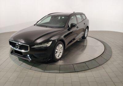 VOLVO V60 B4 Momentum Business auto Onyx Black Km 0