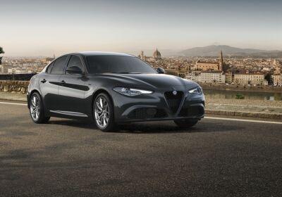 ALFA ROMEO Giulia 2.2 Turbodiesel 190 CV AT8 Sprint Grigio Vesuvio Da immatricolare