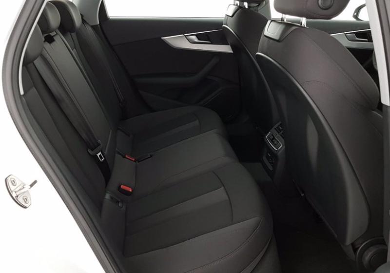 AUDI A4 Avant 2.0 TDI 190 CV quattro S tronic Business Sport Bianco Ghiaccio Km 0 QW52C-6