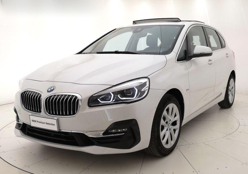 BMW serie 2 220d Active Tourer Luxury auto Mineral White Usato Garantito WG0CBGW-1-v2