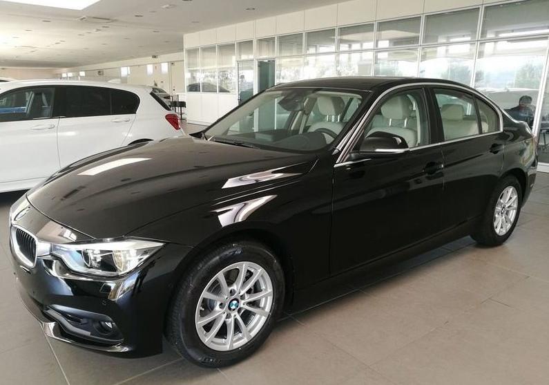 BMW Serie 3 318d 5p. Business Advantage Automatica Black Km 0 M0OS3-1