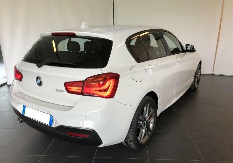 BMW Serie 1 118i 5p. Msport Alpinweiss III Km 0 0UKAB-b