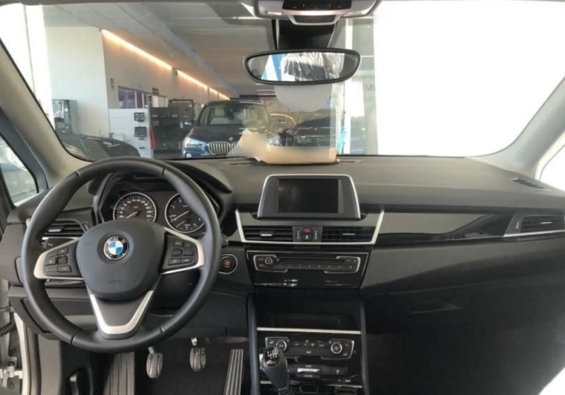 BMW Serie 2 218d 5p. Active Tourer Advantage Glaciersilber Km 0 0WVBP-h_censored