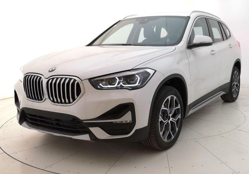 BMW X1 sDrive18d xLine auto Mineral White Usato Garantito 6F0BZF6-a