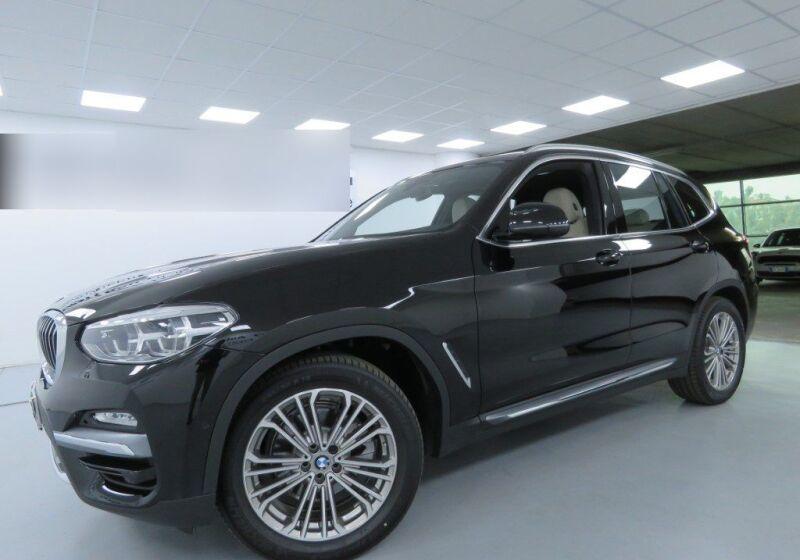 BMW X3 xDrive20i Luxury Schwarz Usato Garantito A80B48A-a_censored
