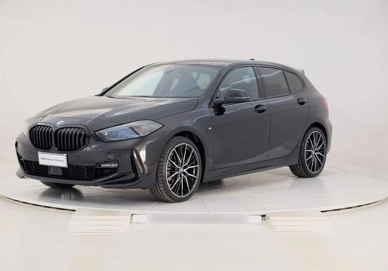 BMW Serie 1 118d 5p. MSport aut. Saphirschwarz Km 0 470CA74-a_censored