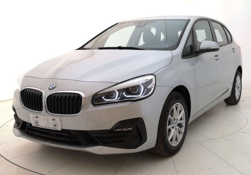 BMW Serie 2 218d Active Tourer Advantage auto Glaciersilber Usato Garantito MF0BZFM-w1