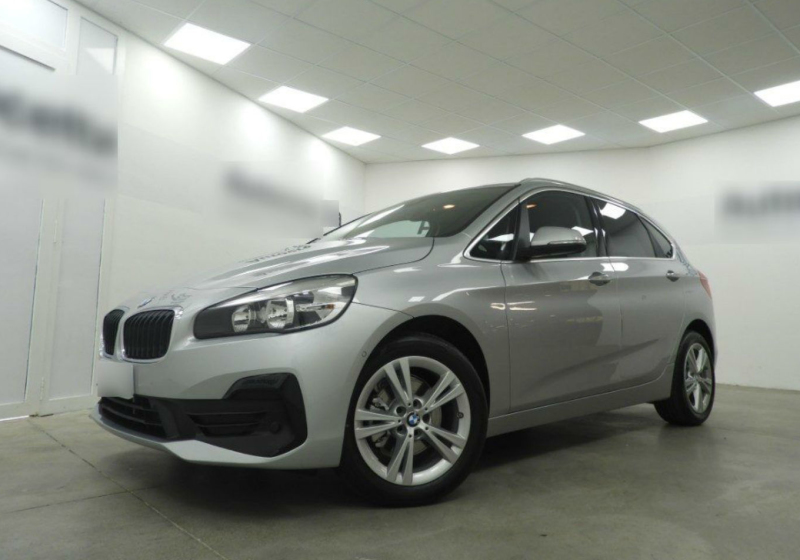 BMW Serie 2 216d Active Tourer Business auto Glaciersilber Km 0 EUW0WUE-a_censored
