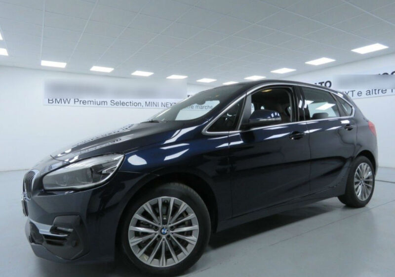 BMW Serie 2 218d act.tourer Luxury Imperial blue Km 0 720B327-a