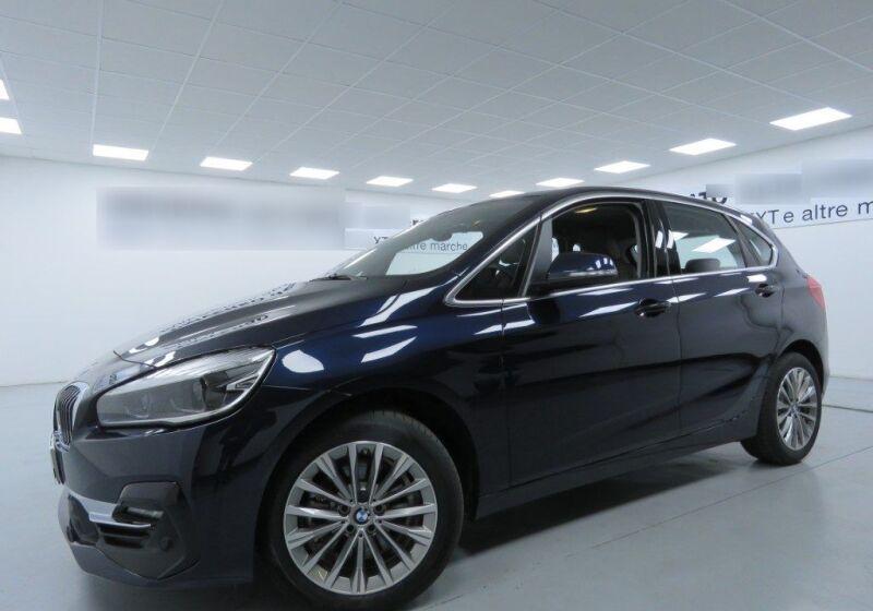 BMW Serie 2 218d act.tourer Luxury Imperial blue Usato Garantito RBX0XBR-a_censored