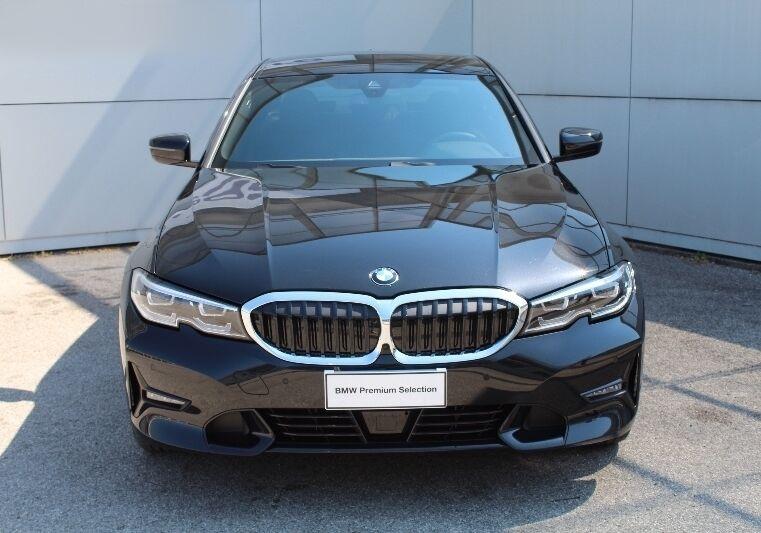 BMW SERIE 3 330e Sport Saphirschwarz Usato Garantito MM0B9MM-330-v2