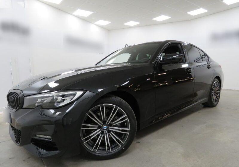 BMW Serie 3 318d Msport Auto Saphirschwarz Km 0 ZF0CHFZ-a_censored%20(4)
