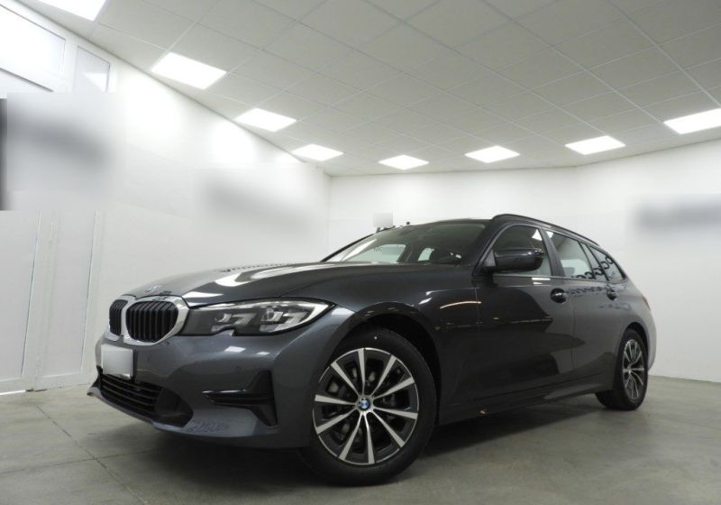 BMW Serie 3 318d Touring Business Advantage aut. Mineral Grau Km 0 420BD24-a_censored