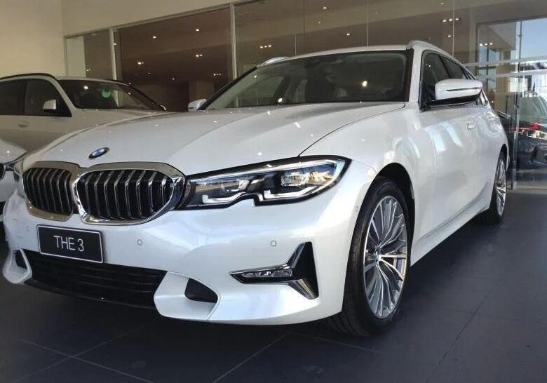 BMW Serie 3 320d Touring Luxury Mineral White Km 0 WS0B4SW-a