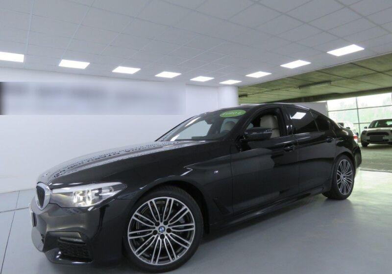 BMW Serie 5 520d MSport Auto Saphirschwarz Km 0 BK0B5KB-a_censored