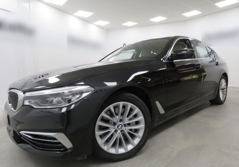 BMW Serie 5 530e Luxury Saphirschwarz Usato Garantito 240CH42-a_censored%20(3)