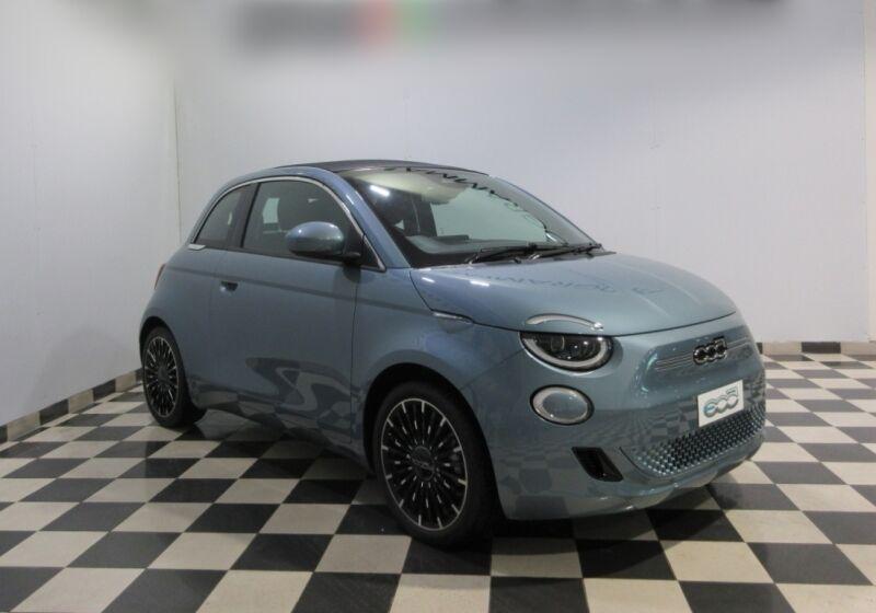 FIAT 500e Icon Cabrio Glacier Blue Km 0 CD0CHDC-30c758c518fa4e04a6c684dc8788b52a_orig-v2