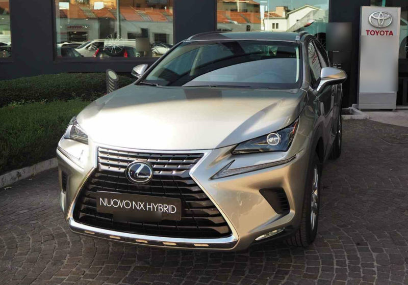 LEXUS NX Hybrid 4WD Executive Sonic Titanium Km 0 3U0BCU3-a