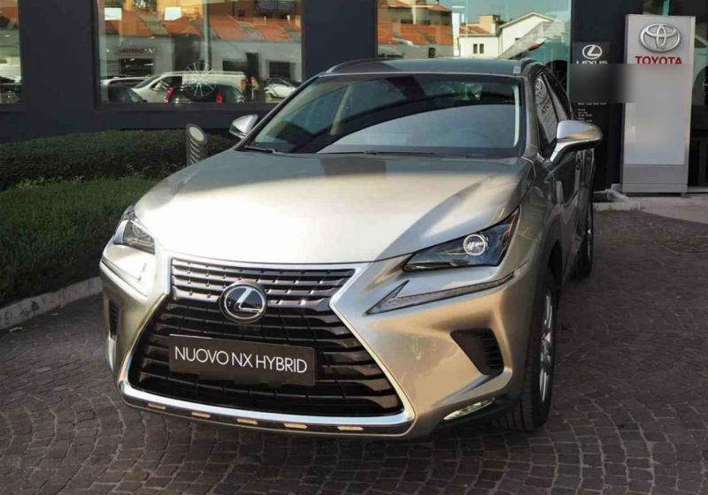 LEXUS NX Hybrid 4WD Executive Sonic Titanium Km 0 KU0BCUK-a