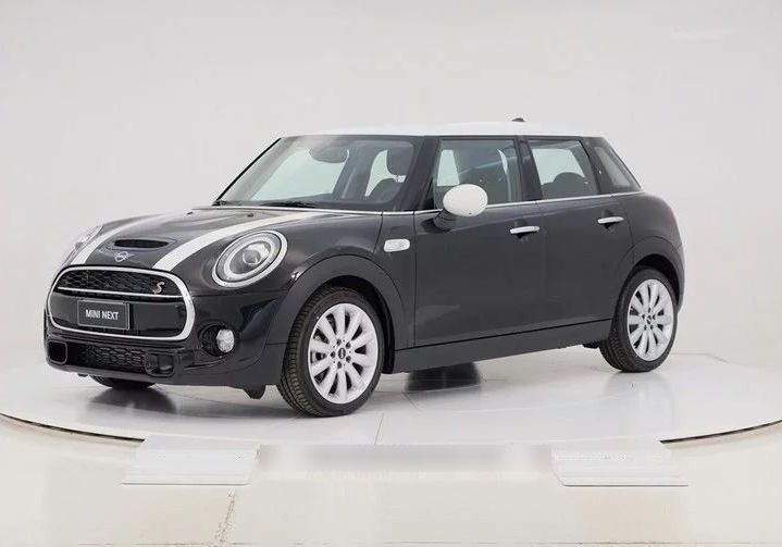 MINI Cooper 2.0 SD Hype 5 porte Midnight Black Km 0 E9X0X9E-0A