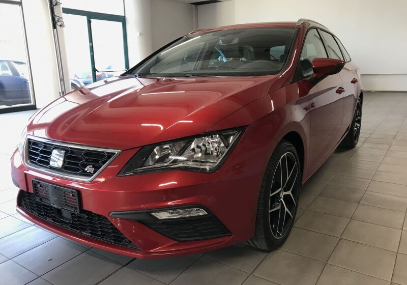 SEAT Leon 1.5 EcoTSI ST FR Rosso Intenso Km 0 ES0BZSE-a