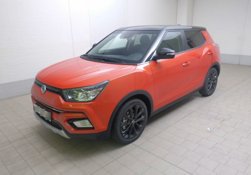 SSANGYONG Tivoli 1.6 2WD Bi-Fuel GPL Juice Orange Pop Km 0 NQ7J8-a_censored