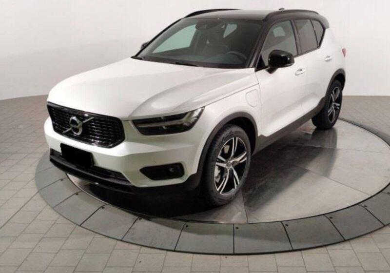 VOLVO XC40 1.5 T5 plug-in-hybrid R-design auto Christal White Pearl Usato Garantito MS0BRSM-Schermata%202020-11-21%20alle%2015