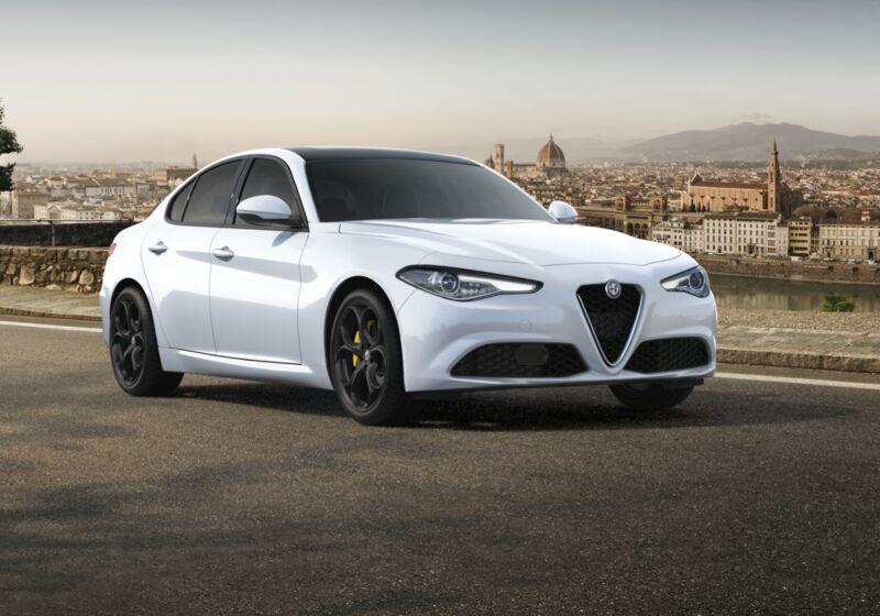 ALFA ROMEO Giulia 2.2 t Executive 160cv auto Bianco Alfa Km 0 840BS48-55639_esterno_lato_1