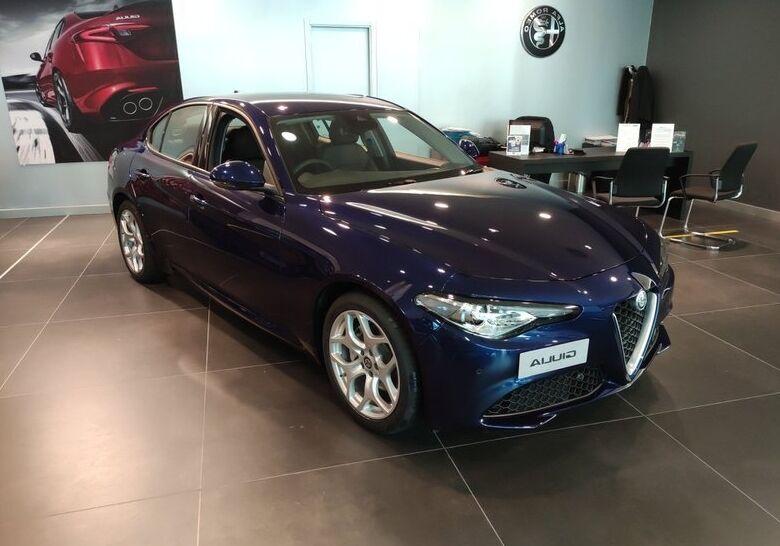 ALFA ROMEO Giulia 2.2 t Executive 160cv auto Blu Montecarlo Km 0 W50CC5W-a-v1