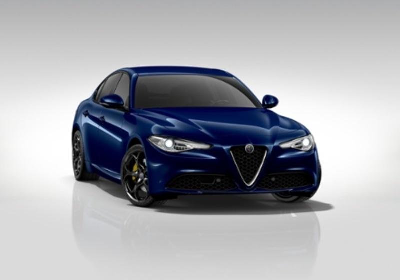 ALFA ROMEO Giulia 2.2 Turbodiesel 180CV AT8 Super Blu Montecarlo Km 0 0000VUT-a