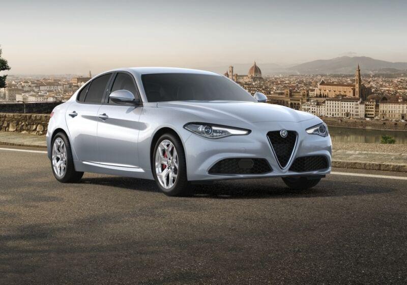 ALFA ROMEO Giulia 2.2 Turbodiesel 190 CV AT8 Executive Grigio Silverstone  Da immatricolare CA0BYAC-a-v1