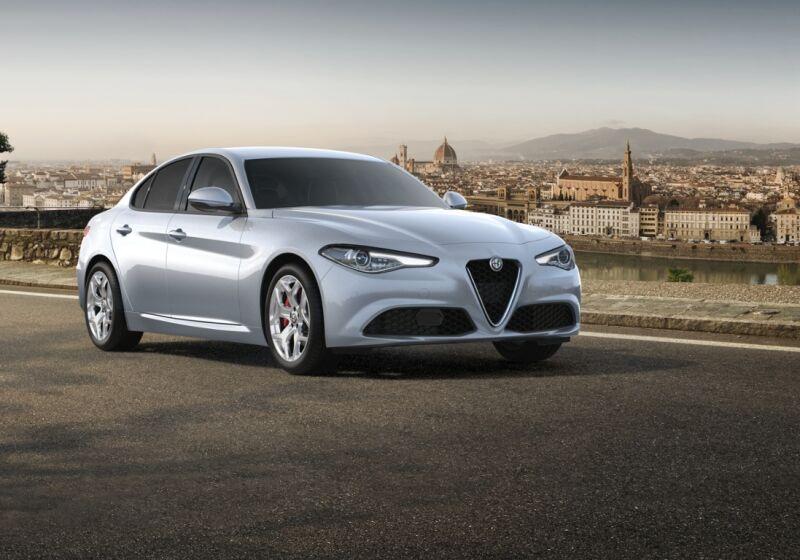 ALFA ROMEO Giulia 2.2 Turbodiesel 190 CV AT8 Executive Grigio Silverstone  Da immatricolare NN0BWNN-a
