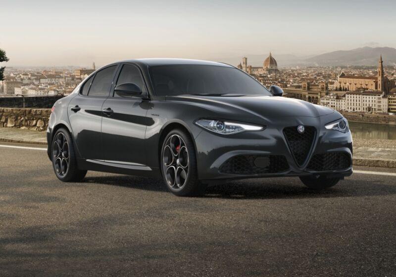 ALFA ROMEO Giulia 2.2 Turbodiesel 210 CV AT8 AWD Q4 Veloce Grigio Vesuvio Km 0 PF0B5FP-46322_esterno_lato_1